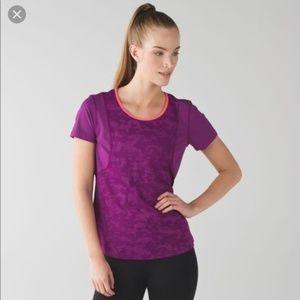Lululemon Run For Days Short Sleeve Shirt 6/8